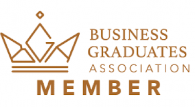 Cooperation of Business Institut and Business Graduates Association