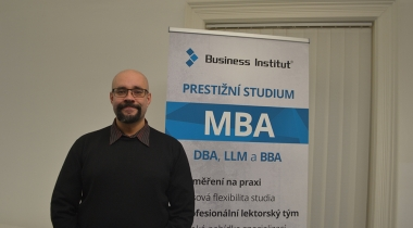 Promoting changes, savings and similar activities of employees with PhDr. Vojtěch Bednář
